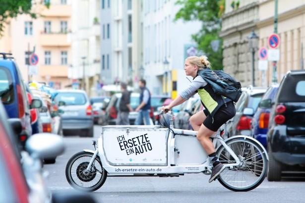 IeeA_Einsatz_iBullit_weiss_quer_RGB-615x410- urbanmobility berlin